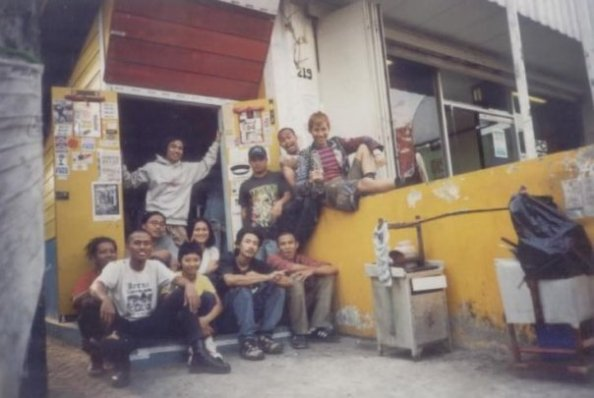 Harder Recs circa 1998, yang sekarang kami jadikan Remains Store di Cihampelas.